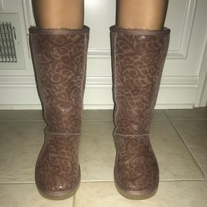 Printed Mauve Limited Edition Tall Uggs | Size 9